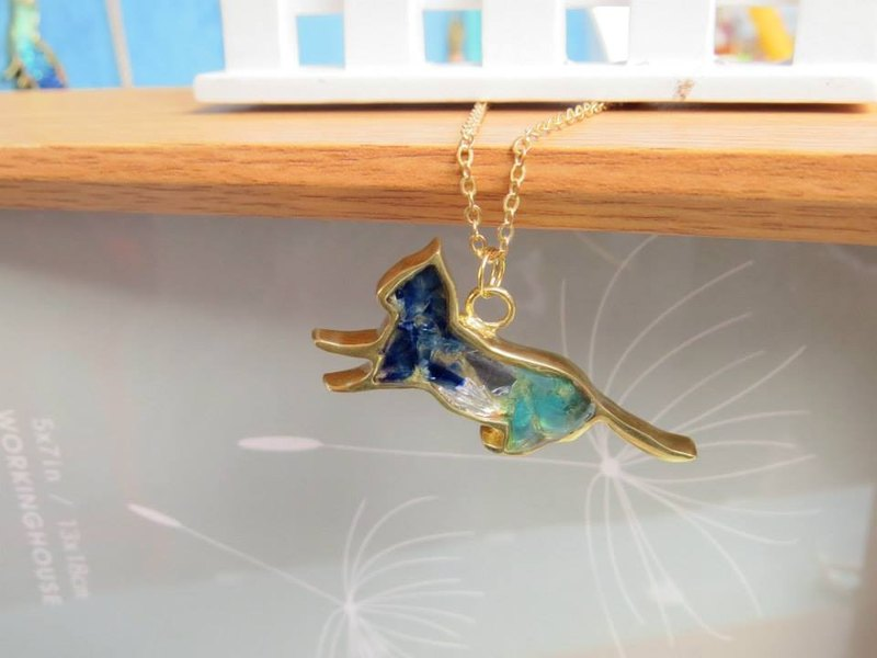 Wing Wing Hand-made jewelry, brass inlay cat's daily glass necklace (play)