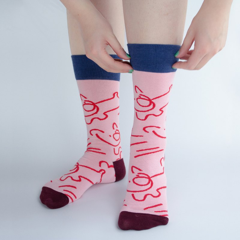 贰 Multiply by original design, men and women are not limited to fashion pink combed cotton dress pig pig socks