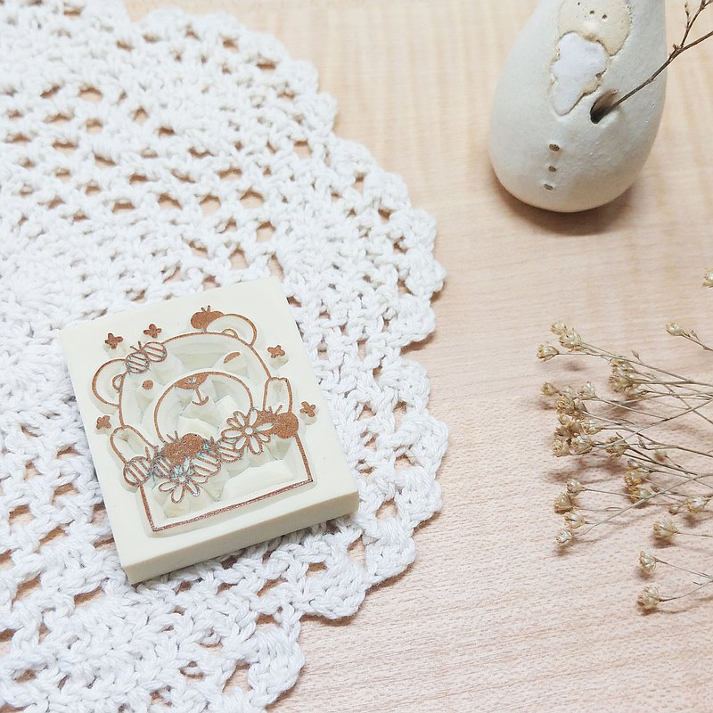 Small Animal Frame Vol.2-Hua Hua Xiong Hand-Engraved Rubber Stamp