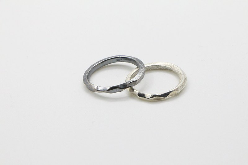 Snow mountain 925 oxidised silver ring