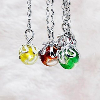 Diffuser Necklace Sweetheart Petite Bonbon Blue Color with Oil Dropper