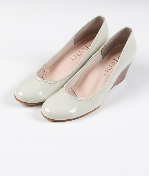 [Rain] Dream ultimate super lightweight waterproof elastic wedge shoes _ ivory white apricot