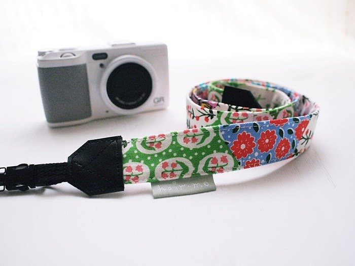 Hairmo. Country Flower Stitching Double Back Camera Strap / Mobile Phone Strap - (Double Small Hole)