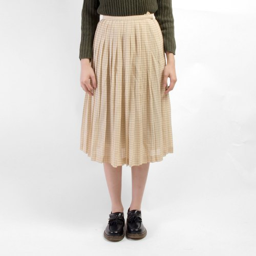 │moderato│ Japanese cool vintage plaid pleated skirt │vintage. Forest retro. British literature and art. Japanese girl