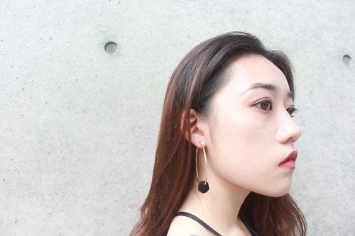 bubble ring earrings (black)