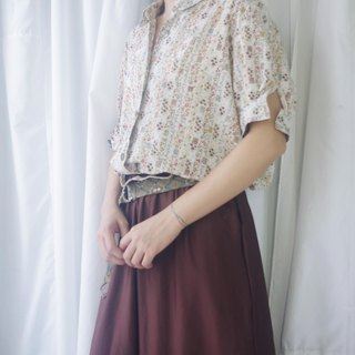 Treasure Hunting Vintage - Country Floral Print Sleeve Vintage Tail