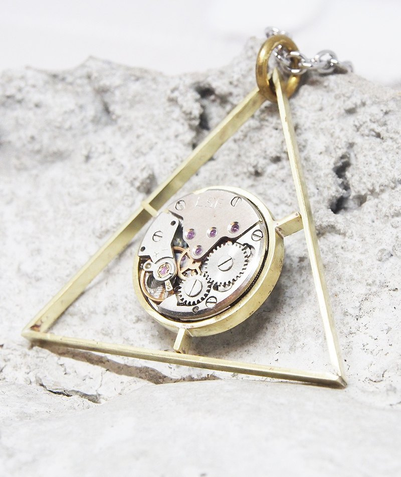 [Doll] Xia Bomi silverware neutral geometric series - Triangle mechanical watch necklace, brass & laminated materials handmade