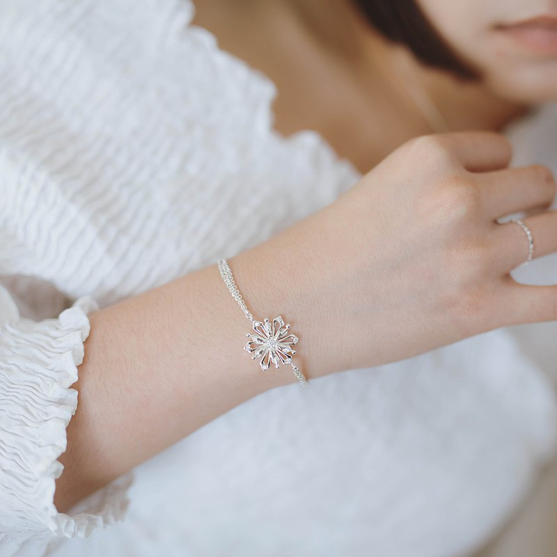 zo.craft Crystal diamond snowflake / bracelet / 925 sterling silver
