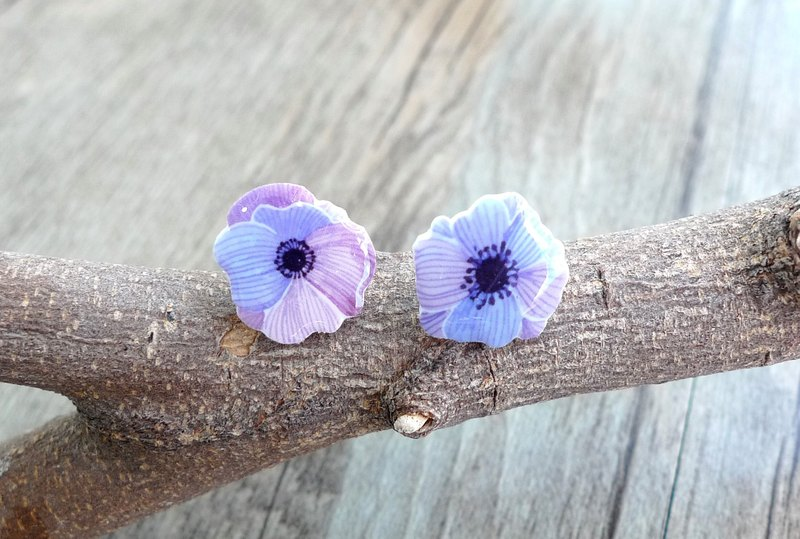Misssheep-U84 watercolor hand-painted style asymmetric purple flower hand made earrings (pair)