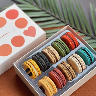 10 into the macaron - classic series + fruit series