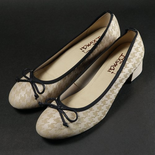 Butterfly Knotted Low-heeled Doll Shoes - Khaki