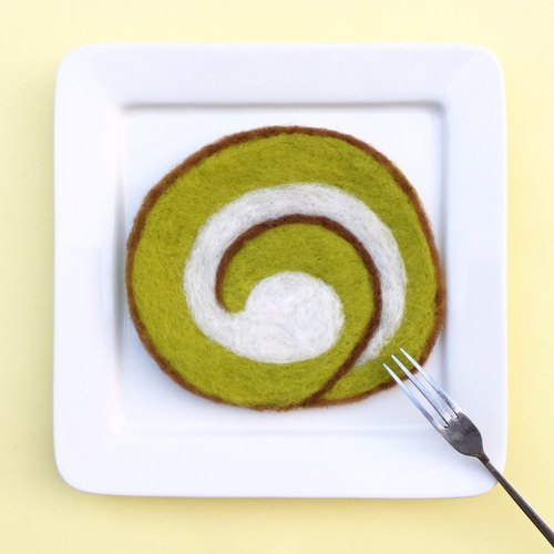 Wool felt does not look delicious matcha cake raw milk roll coaster