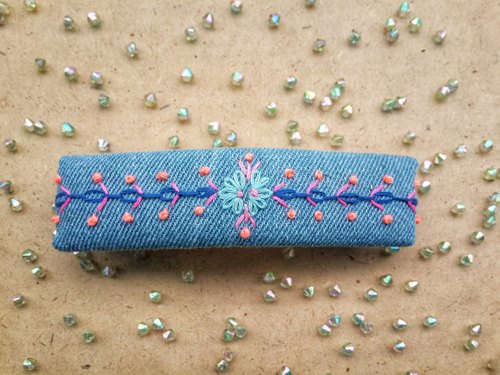 R ee denim embroidery hair clip HA010