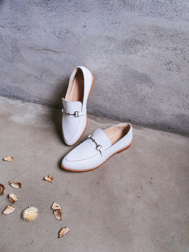 Pure white __s091 full leather classic pointed shoes