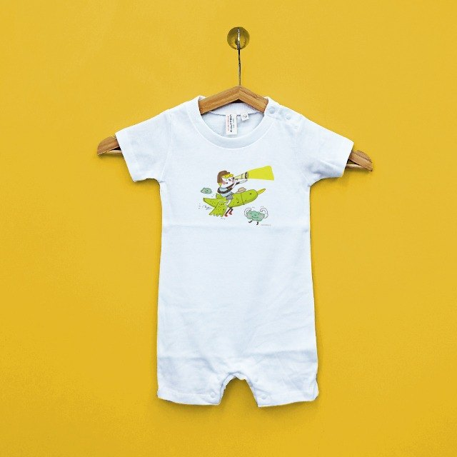 Find their own piece of heaven Family fitted baby Japan United Athle cotton short-sleeved package fart clothes feeling soft