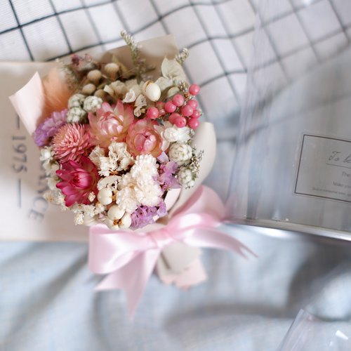To be continued | Small garden dry flower flower pot wedding small things Valentine's Day graduation spot