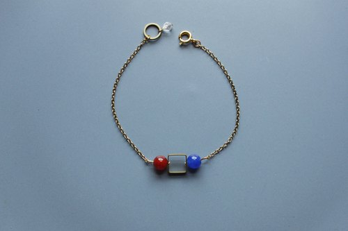 | Circle | Bracelets - Red and Blue