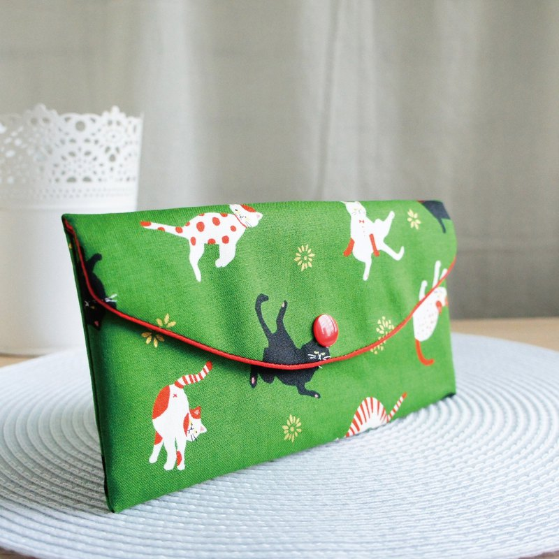 Lovely Japanese cloth [hot stamping yoga cat red bag, green] passbook sleeve, cash storage bag