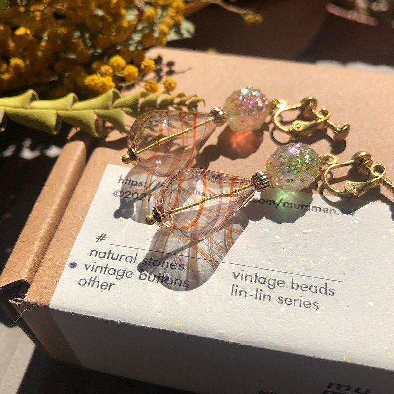 【畢業禮物】古董珠 / 幻彩切面珠水滴耳環 ( 2色 )