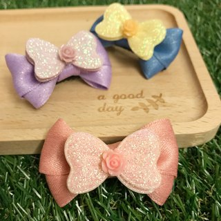 Girl's gorgeous hair clips