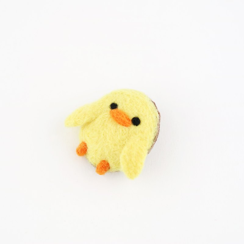 Animal's Party – duck wool felting brooch