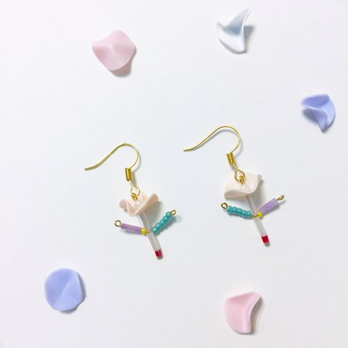 Snappy clip / pin earrings