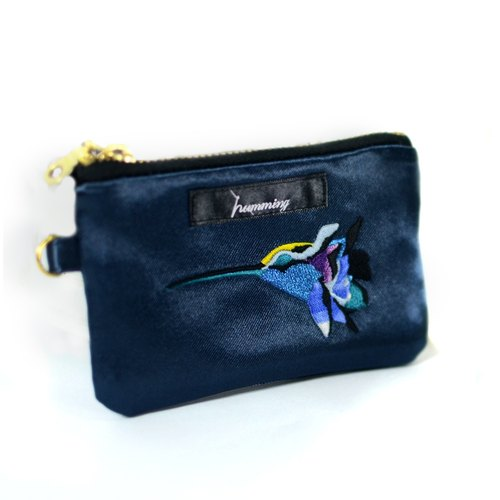 humming-Embroidery Purse /  sapphire