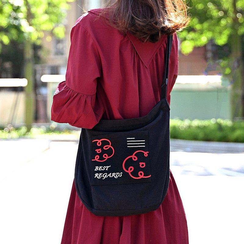 best regards刺繡紅花黑色斜挎包 可調肩帶 帶拉鏈 韓版斜跨布袋