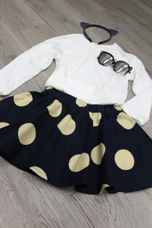 Round little dot dress