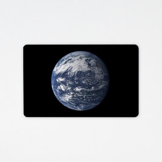 Earth Earth | Wafer Travel Card