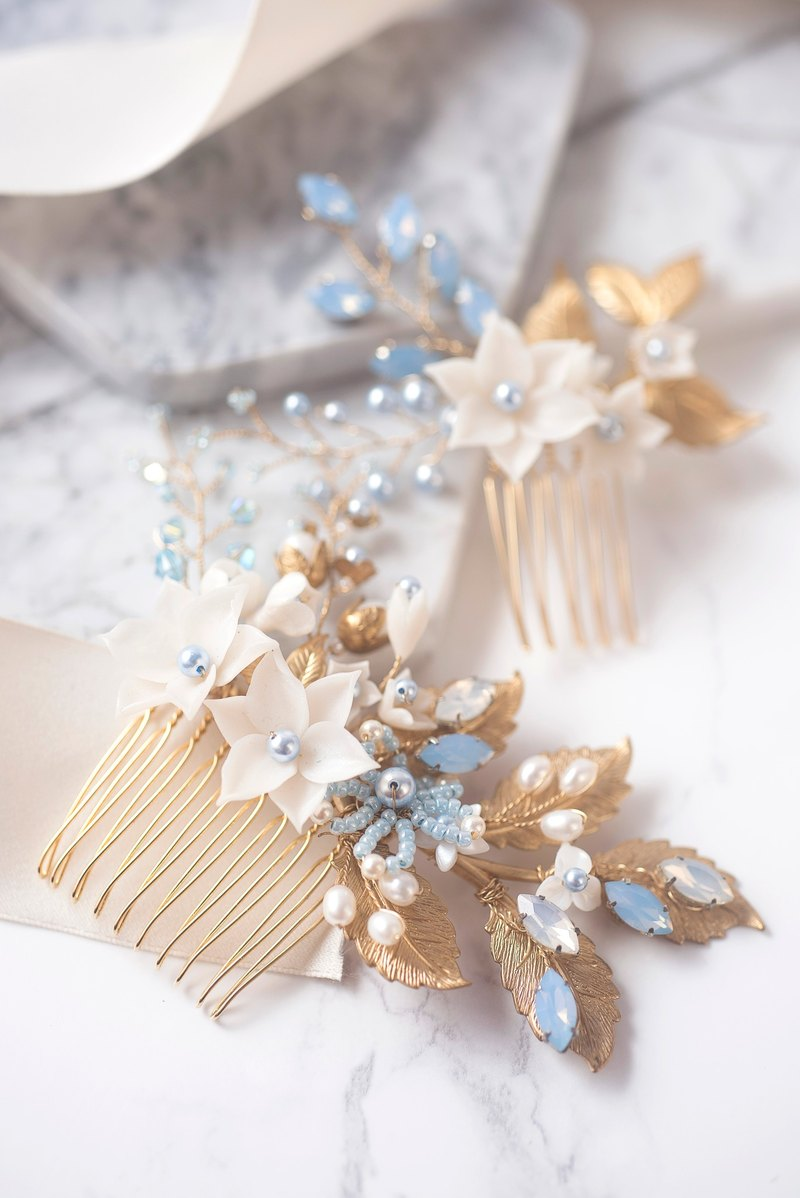 Miss Pastel handmade gold copper leaf Czech spar comb (blue) / wedding headdress / bridal headdress