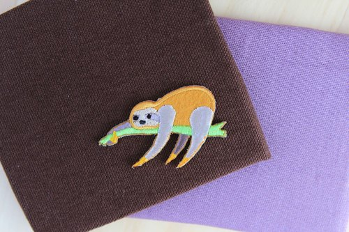 Soft - lying sloth - self - adhesive embroidered cloth stickers sloth series
