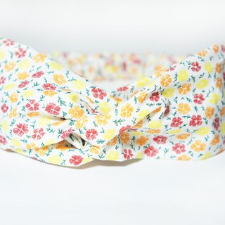White background color floral / hand loose hair band