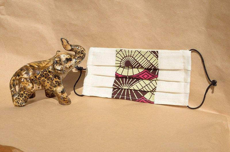 非洲花布口罩套-粉紅萬花筒(雙拼白底)