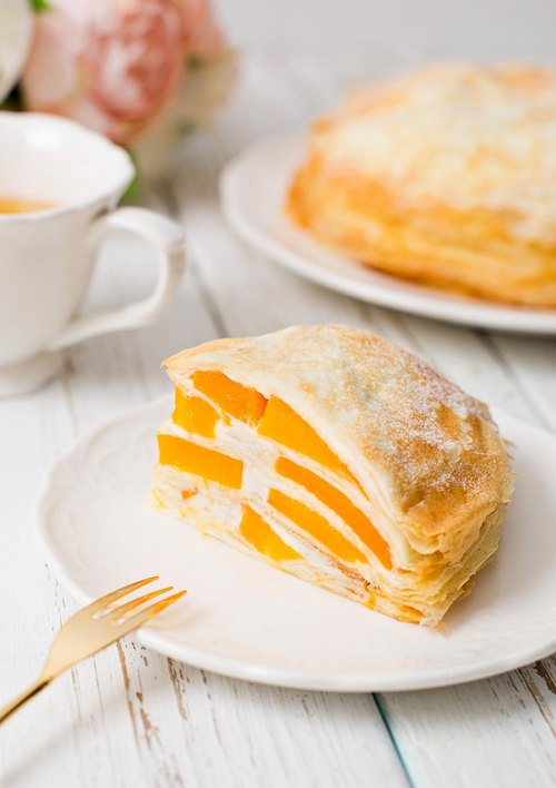 "[Leaine French handmade dessert] Hokkaido Mango Melaleuca cake / 7 吋"" # period limited # Hokkaido direct fresh condensed milk # Large amount of love Mango"