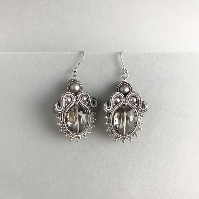 Soutache earrings Silver × Gray Gorgeous Earrings