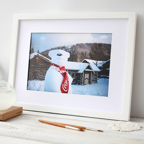 "Tour Tu | Travel Photography Decorative Painting ""Bear"" Original Snow Village Snow Snowman Home Cafe Gifts"