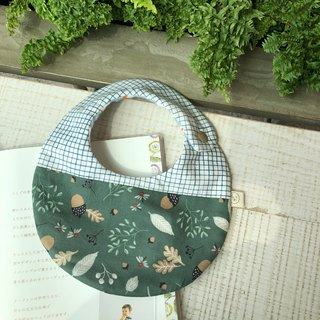 Green and green pinecone Korean cotton six-layer yarn handmade bib
