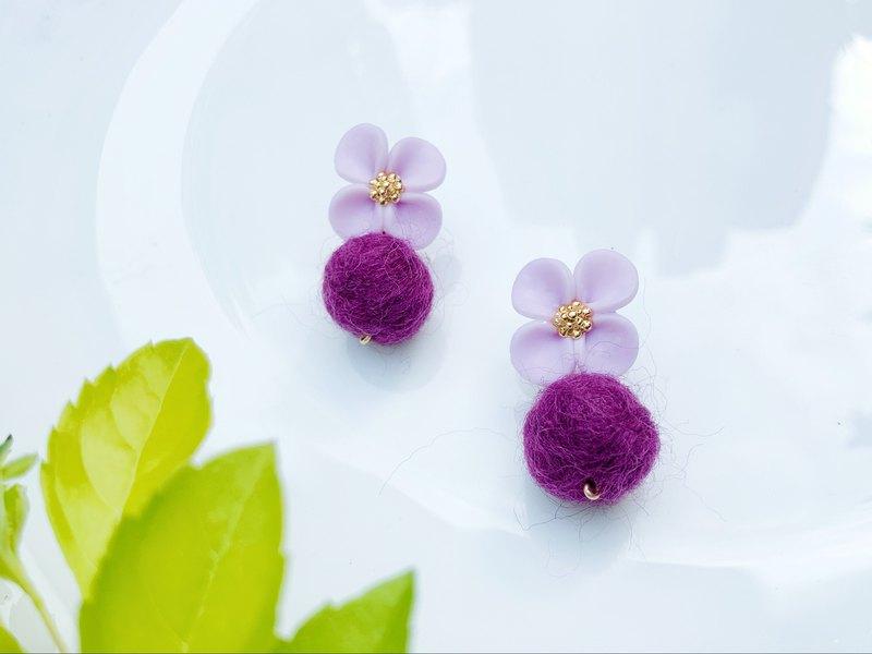 溫柔淡紫花朵 貼耳式耳環/耳夾