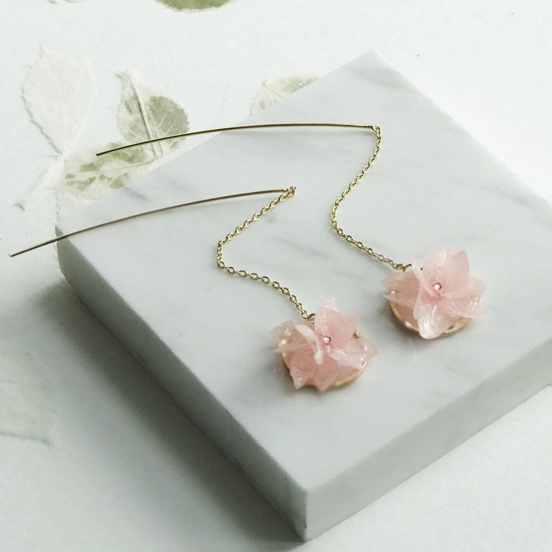 Real flower Pink Hydrangea Earrings 18KGP