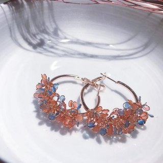Angel's Flower Basket Ear Pin [Blue Dot Red]