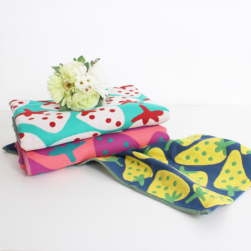 Lovel Day Miscellaneous Doodle Cute Strawberry Gauze Towel / Children Towel - Total 3 Colors