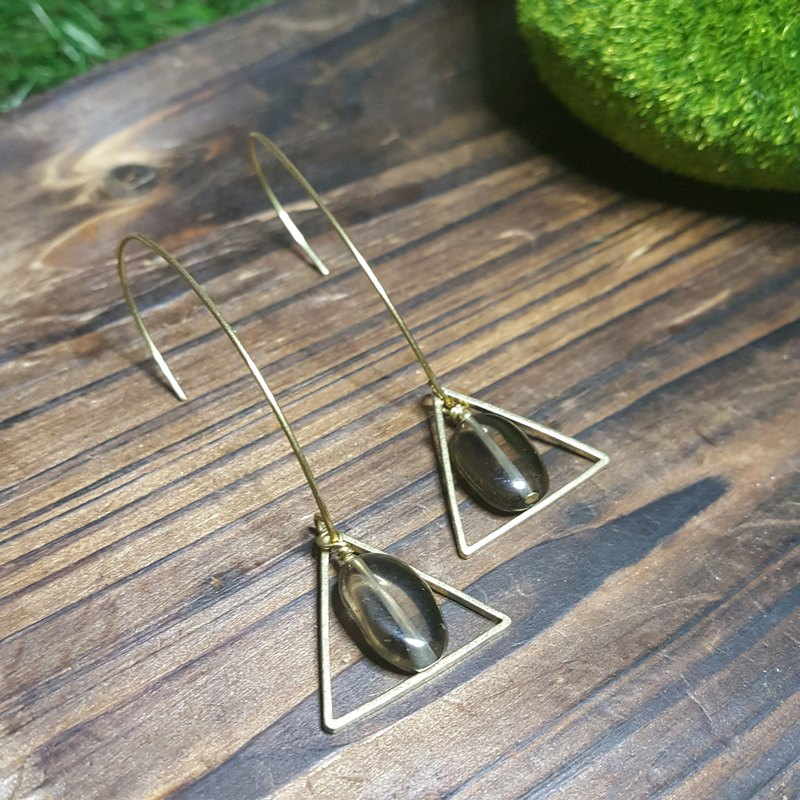 Classic Mono: Retro Brass Hook Earrings with Smoke Quartz (HK/Handmade/Elegance/VintageStyle)