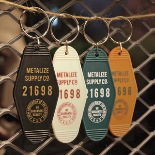 [METALIZE] retro hotel key ring (four colors)