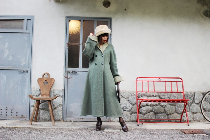 F3060 [Vintage jacket] Mori elegant Italian design made green umbrella waist wool coat jacket