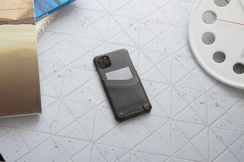 iPhone 11 Pro MAX Minimalist Series Leather Case - Black
