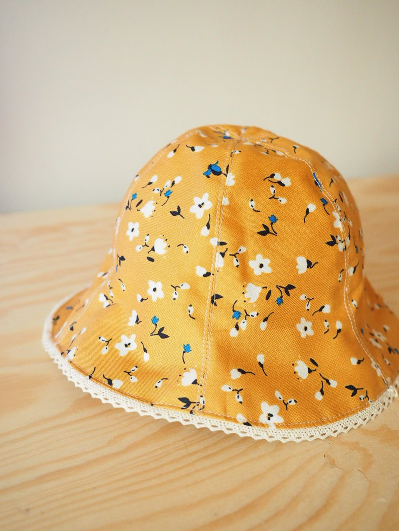 Handmade reversible Blue Japanese floral sun protection hat