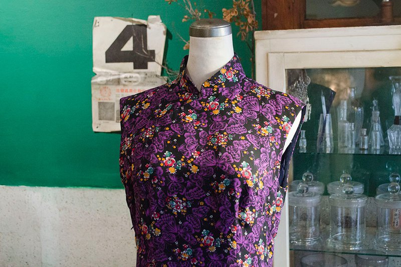 Purple butterfly flower chiffon sleeveless sorghum early hand-made antique cheongsam | vintage Wan Hao vintage