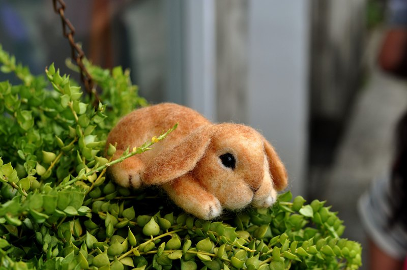 Wool felt mop lop rabbit decoration