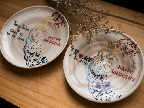 Customized -HAPPY WEDDING commemorative plate / into a